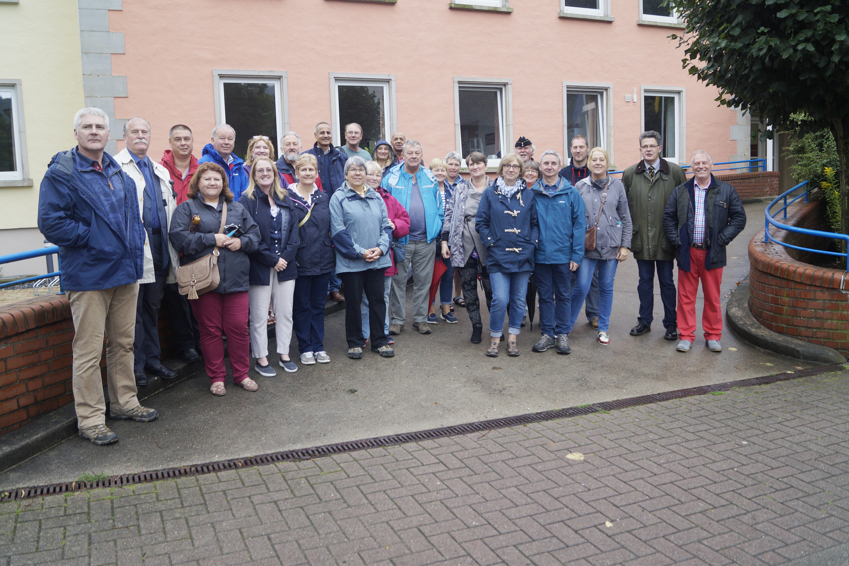 Time to reminisce: The group was taken on a tour of the former BMH Rinteln, guided by Michael von Müller, second right, from the charity Lebenshilfe Rinteln eV which now occupies the premises